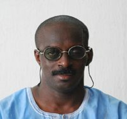Dr. Tayo Babalobi